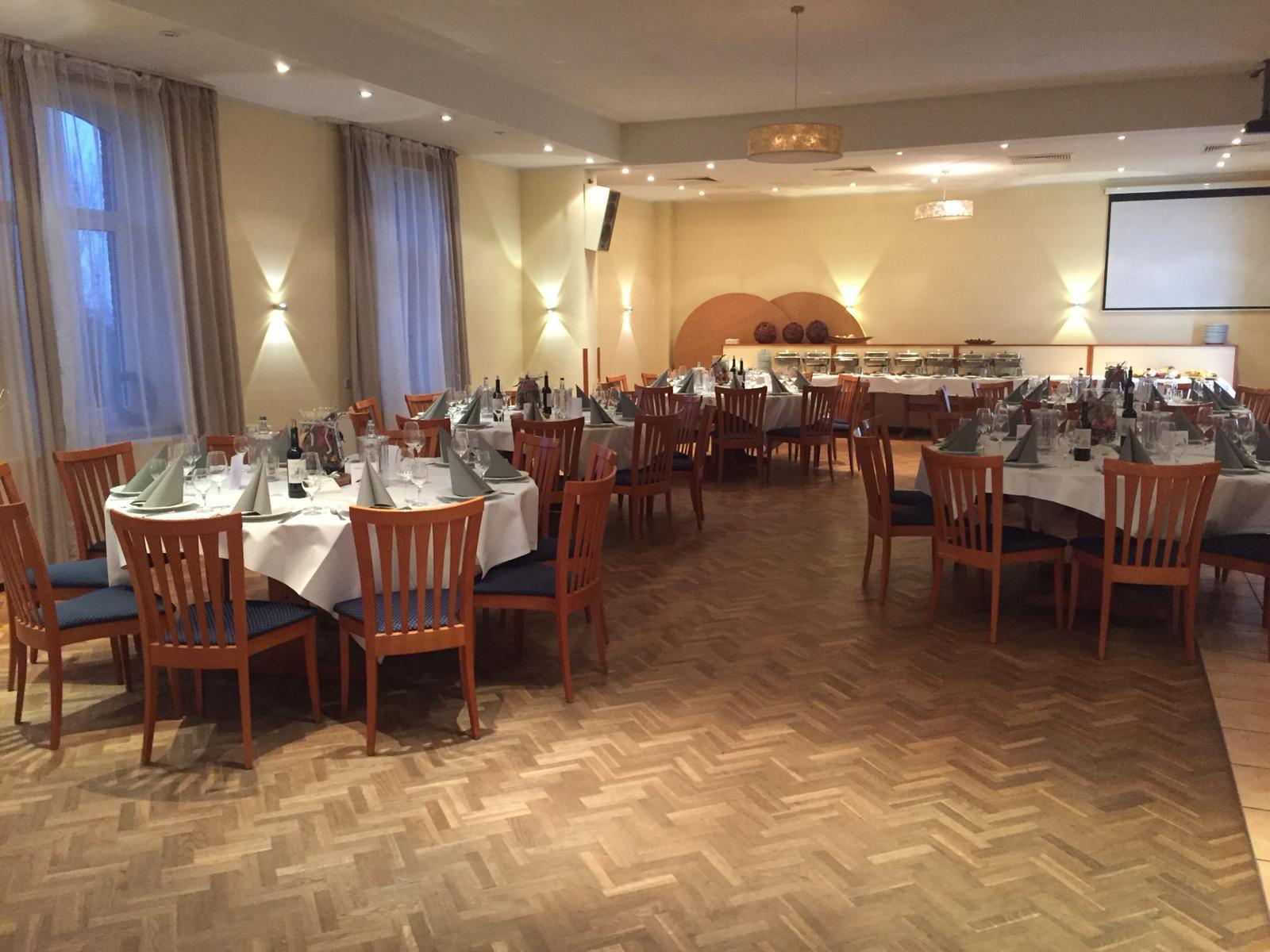 Festsaal2k19 (5)